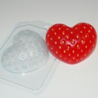 """Пластиковая форма """" Клубничное сердце"""""""