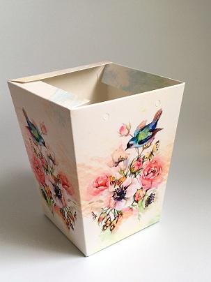 КАШПО_трапеция картон птичка на цветах