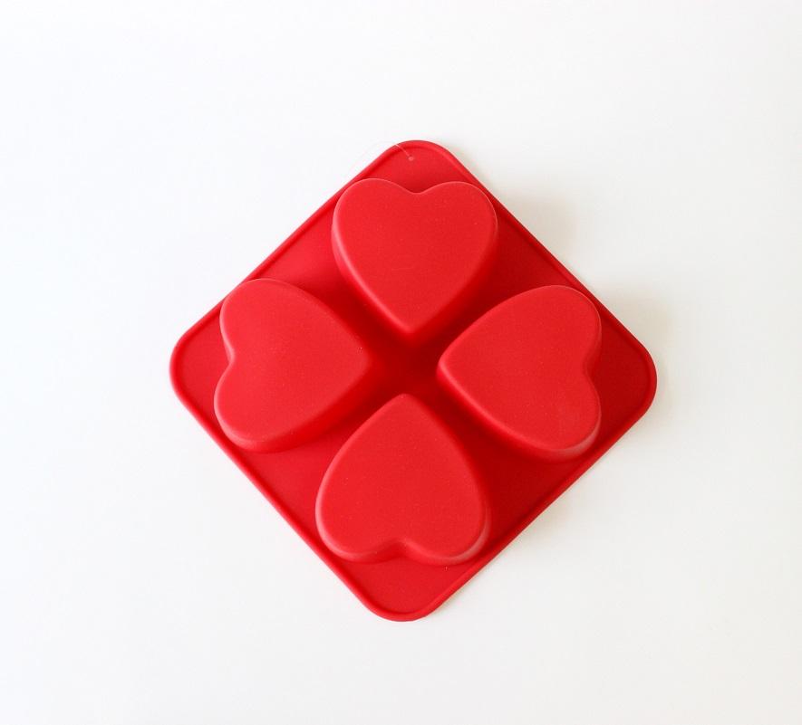 Силиконовая форма Сердечко 16х16x3 см, 4 ячейки