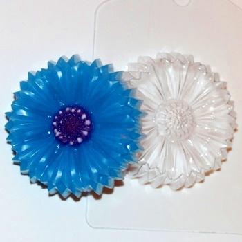 Пластиковая форма василек