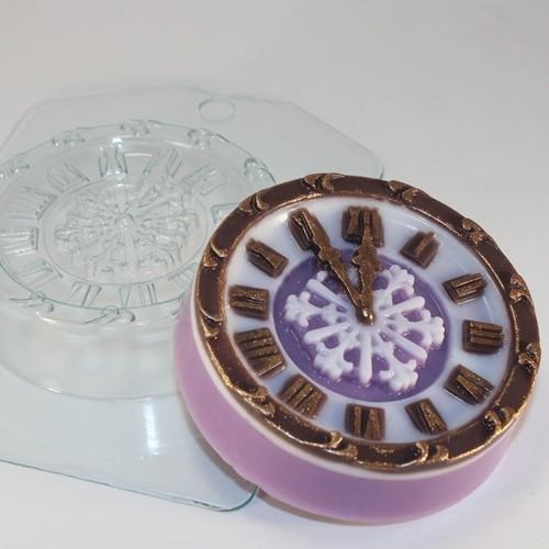 Пластиковая форма Часы новогодние