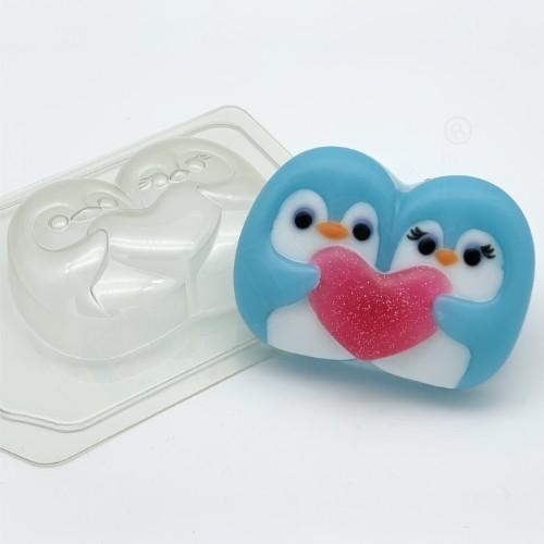 Пластиковая форма Пингвины парочка с сердцем