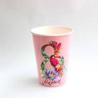 веточка зелени, розочки желтые