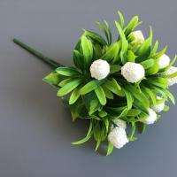 Букет зелени с шариками