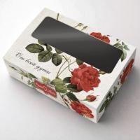 Коробка с окошком Розы